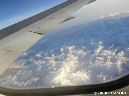 View from the flight to Rapa Nui, somewhere over the Pacific. © EISP 2004.