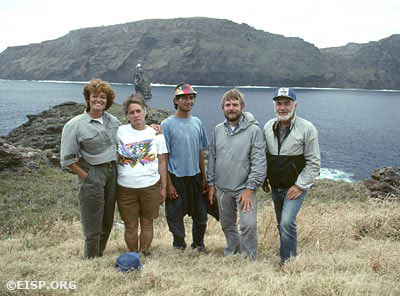 EISP field crew on Motu Nui, 1989. Photo by David C. Ochsner, © JVT/EISP.