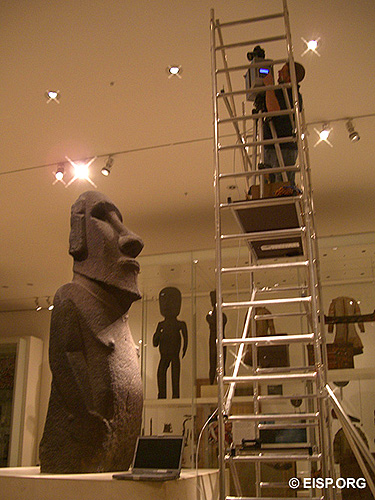 Laser scannning Hoa Hakananaia at the British Museum.<br />