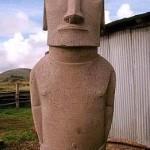 The concrete replica statue before its hands were detailed. ©1999 EISP/JVT/Photo: C. Sierra